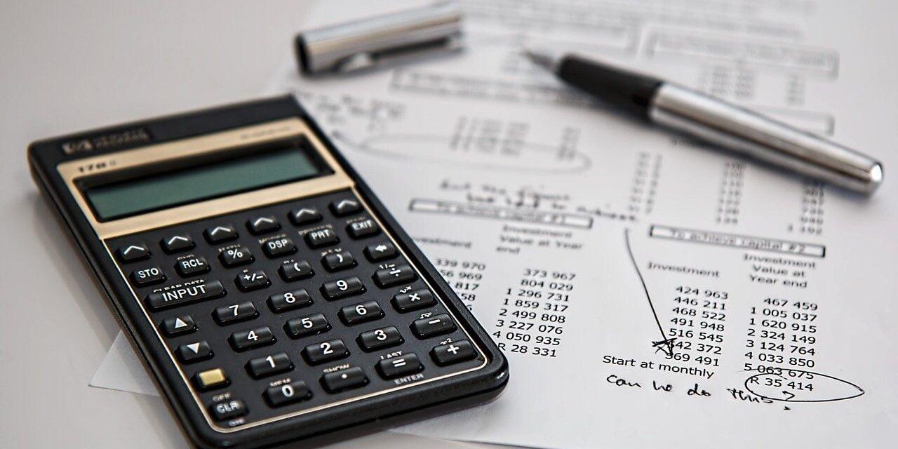 Få bugt med dine besværlige lønudbetalinger
